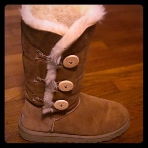 Size 8 women's Ugg boots